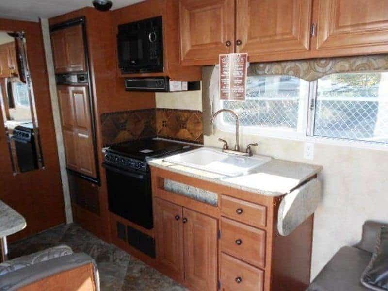 old-kitchen2